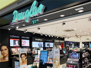 digitální panely Douglas